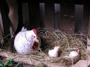 Getöpfertes Huhn.